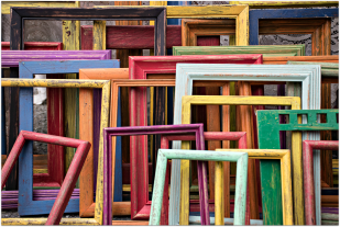 Picture Frames_Colorful.png
